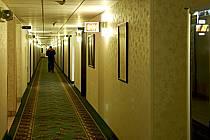 Couloir de motel - Motel corridor, ref ee080946LE