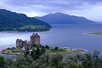 Eilean Donan Castle, Highlands, Ecosse, ref ee2060-36GE