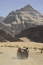 4x4 dans le désert du Wadi Rum, ref ef071220GE