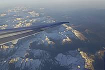 Vol au-dessus des Pyrénées - Flight over the Pyrenees, ref ef072439LE