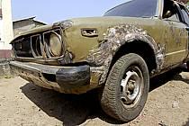Vieille voiture rouillée - Rusty old car, ref ef072799LE