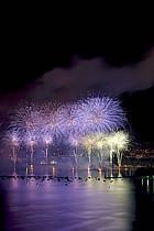 La fête du Lac à Annecy / Fireworks, Haute-Savoie, Alpes, ref fc041555GE