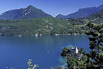 Château de Duingt, lac d'Annecy, le Mont Veyrier, Haute-Savoie, ref fc2059-13LE