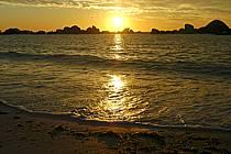 Coucher de soleil, Finistère, Bretagne, ref ha055220LE